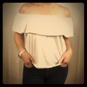 Royality Off-The-Shoulder Top Size S